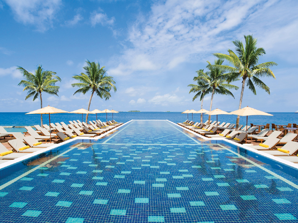 Centara grand maldives call simply centara maldives now for Infinity pool design uk