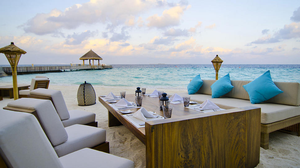 jumeirah vittaveli overview - Jumeirah Resorts Maldives